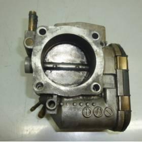 Boitier ajustage / Unité de commande du papillon pour Audi A4 / A6 / VW Passat ref 06B133062E