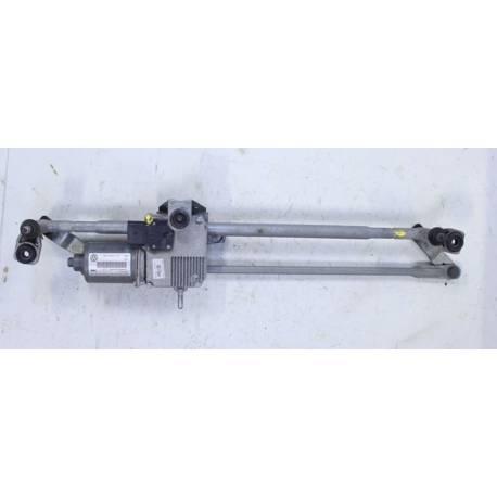 Windshield wiper bracket with wiper motor VW Tiguan ref 5N1955119 / 5N1955023A / 8T1955023C