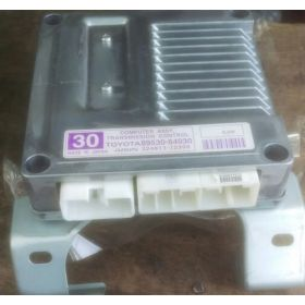 CALCULATEUR MOTEUR TOYOTA COROLLA AISIN 324811-12300 / 32481112300 / 89530-64030 / 8953064030