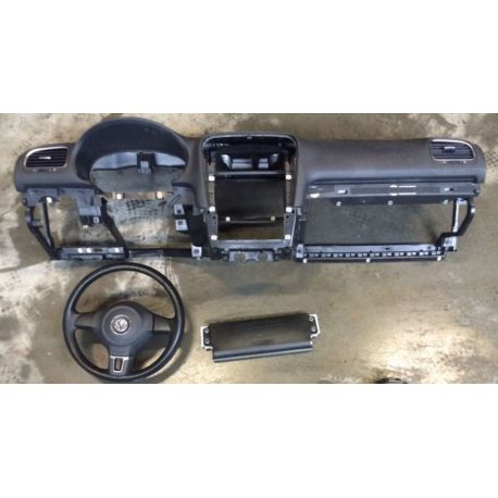 Planche de bord complète avec airbags et ceintures pour VW Golf 6 ref 5K1857001A 81X / 5K0880201J81U / 5K1880841A / 5K1880841D