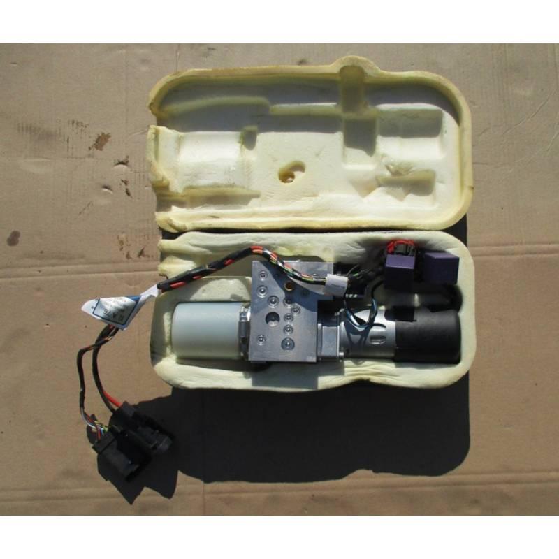 pompe lhm moteur pompe hydraulique peugeot 207 cc cabriolet pompe de direction bocal. Black Bedroom Furniture Sets. Home Design Ideas
