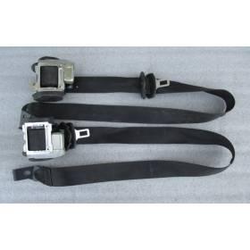 2 ceintures avant pour Seat Leon II ref 1P0857705A / 1P0857706A