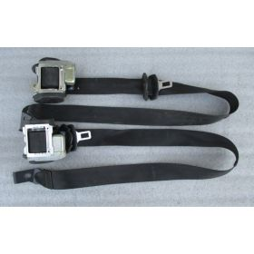 2 ceintures avant pour Seat Altea / Toledo ref 5P0857705A 5P0857705B 5P0857706A 5P0857706B