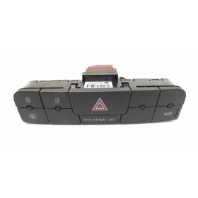 Bouton feu de détresse / Warning / Interrupteur multiple noir carbone pour Seat Ibiza type 6J ref 6J0927137B
