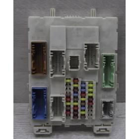 Boite à fusibles / Porte-fusible Ford DV6T-14A073-HL