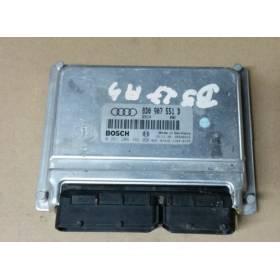 Engine control / unit ecu motor Audi A4 S4 AGB ref 8D0907551D / 8D0997551GX / Bosch 0261206382