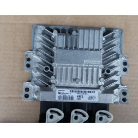 Calculateur moteur Ford Focus 1.8 TDCI ref 5WS40778F-T 7M51-12A650-BCE