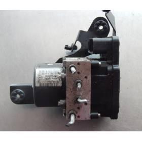 Bloc ABS RENAULT MEGANE III / GRAND SCENIC III ref 476601563R 95CT2AAY2 ATE 10096114473 10021204664