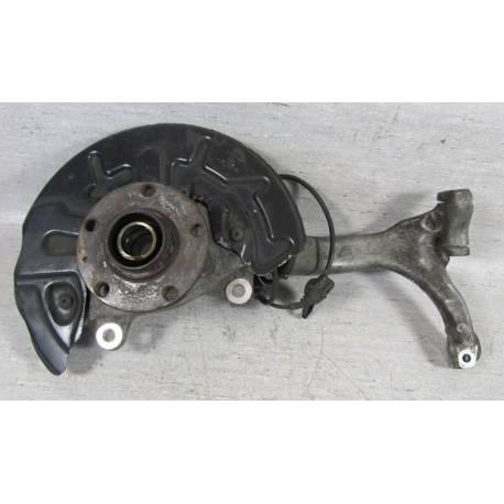Fusée cache roulement avant conducteur pour Audi A4 B6 1L9 TDI 130 cv ref 8E0407253C / 8E0407253E