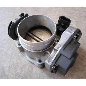 Boitier ajustage de papillon essence pour 2L3 V5 essence 150 cv ref 021133066