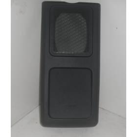 Revêtement panneau arrière pour Audi TT ref 8N7868573B (24a) noir