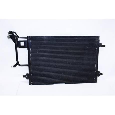 Condenseur de climatisation pour Audi A4 ref 8D0260403C / 8D0260403D / 8D0260403E / 8D0260403H