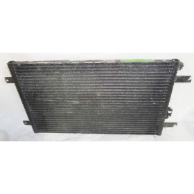 Condenseur de climatisation ref 7M0820413C / 7M0820413D / 7M0820413E / 7M0820413F