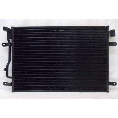 Condenseur de climatisation ref 8E0260403A / 8E0260403B