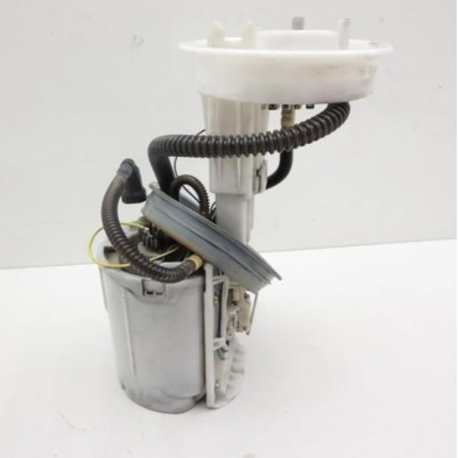 Pompe à carburant / unité d'alimentation pour Audi A4 / Seat Exeo Diesel ref 8E0919050D