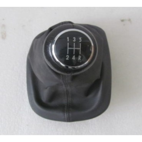 Pommeau + soufflet pour boite 5 rapports pour VW Passat 3B ref 3B0711113AG