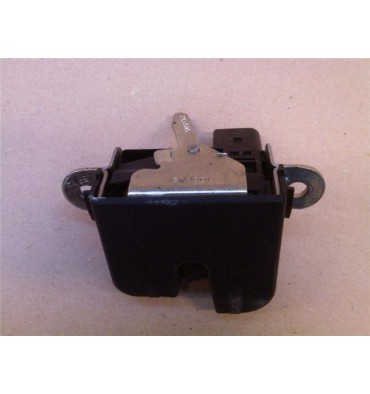 Lid lock / trunk latch VW Touran ref 1T0827505D / 1T0827505F / 1T0827505G / 1T0827505H