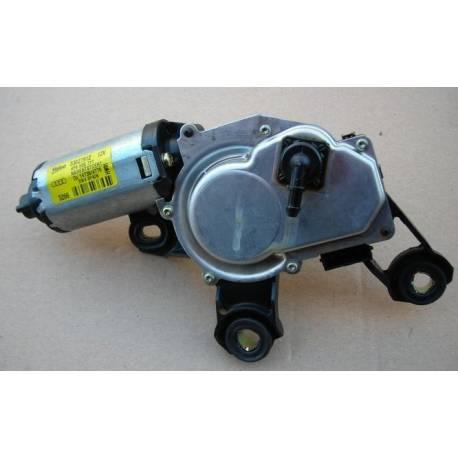 Rear windscreen wiper motor A6 type 4F ref 4F9955711 / 4F9955711A / 4F9955711B / Ref valeo 579602