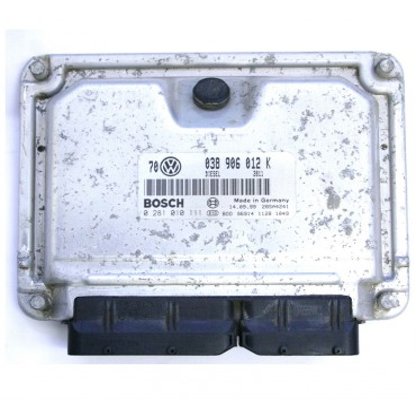 Calculateur moteur ref 038906012K réf Bosch 0281010111