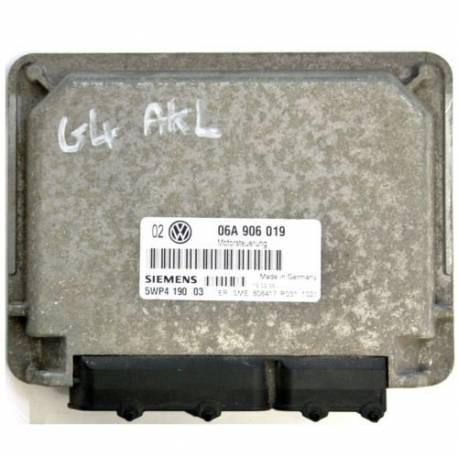 Calculateur moteur ref 06A906019 Ref Siemens 5WP419003