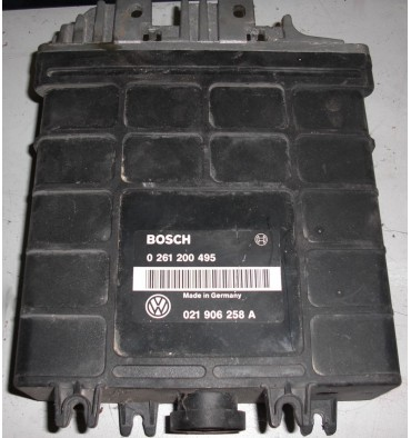 Calculateur moteur ref 021906258A / 021906258CB / 021997258JX Ref Bosch 0261200495