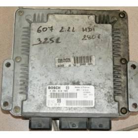 Calculateur moteur pour Peugeot 607 2.2 HDI réf 96 441 996 80 réf Bosch 0281010765 / 0 281 010 765