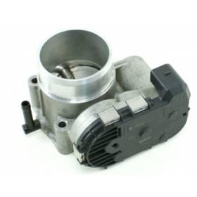 Boitier ajustage / Unité de commande du papillon pour 1L8 Turbo ref 06A133062C / 06A133062BD