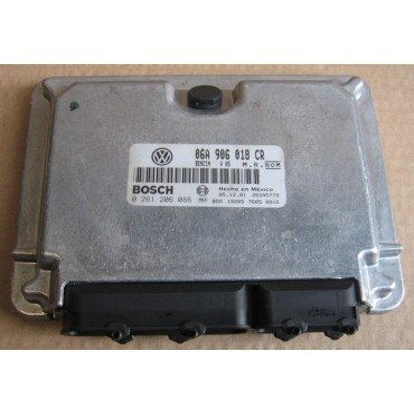 Calculateur moteur pour VW New Beetle 2L 115 cv moteur AEG ref 06A906018CR / 06A906018JE Ref Bosch 0261206086 / 0 261 206 086