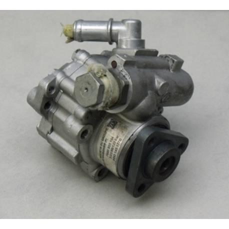 Pompe de direction assistée / Pompe à ailettes ZF pour Audi / VW 2L5 V6 TDI ref 3B0422154A / 3B0422154K / 8D0145177D