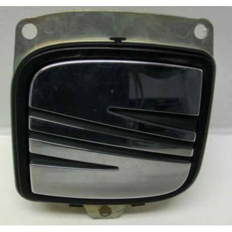 Poignée de coffre pour Seat Leon 2 ref 5P0827565 / 5P0827565A / 5P0827565B / 5P0827565C / 5P0827565D