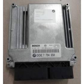 Calculateur moteur Bosch pour BMW E60 / E61 ref 7795553 / 7794650 / Ref Bosch 0281011120 / 0 281 011 120