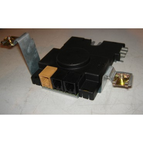 Amplificateur d'antenne pour Audi A3 8P ref 8P3035225