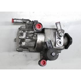 Pompe de direction assistée / Pompe à ailettes ref 4D0145155K / 4D0145155F / 4D0145155H