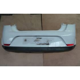 Pare-chocs arrière coloris blanc pour Seat Ibiza 6J modèle 3 portes ref 6J3807421 / 6J3807421 GRU