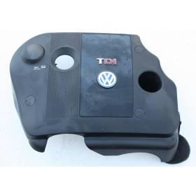 Cache tubulure pour VW Passat 1L9 TDI ref 038103925AP / 038103925AR