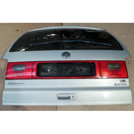 Malle coffre arrière pour VW Sharan 2 ref 7M3827025R