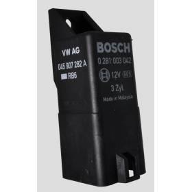 Calculateur pour bougie de préchauffage ref 045907282A / 0281003042