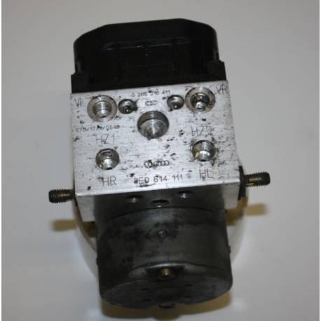 Bloc ABS ref 8E0614111 8E0614111D Bosch 0 265 216 411 0265216411 0 273 004 132 0273004132