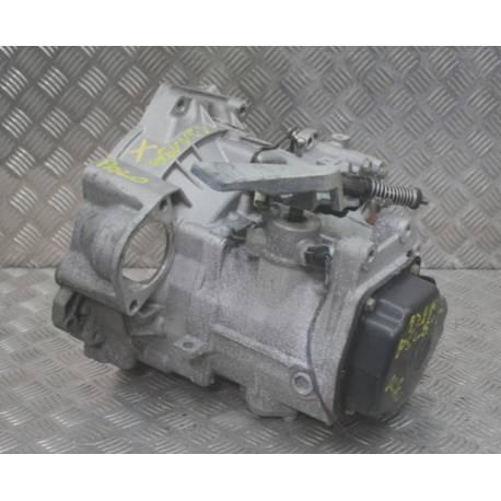 Manual gearbox for 1L4 / 1L9 TDI type GGV / EWR ref 02R300041C / 02R300040M / 02R300040MX