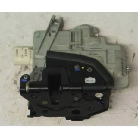 Serrure module de centralisation avant passager Audi VW ref 8J1837016A