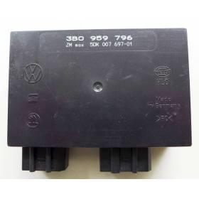 Boitier confort / Commande centralisée pour système confort VW Passat 3B ref 3B0959796