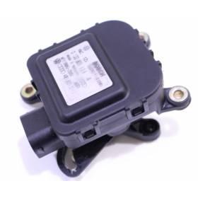 Servomoteur de volet central / Régulation de la temperature pour Audi A6 ref 4B1820511C