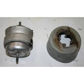 Support moteur / Coussinet hydraulique pour Audi A4 ref 8E0199379K / 8E0199382K / 8E0199382AB / 8E0199382AG