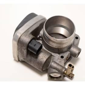 Boitier ajustage / Unité de commande du papillon pour 1L8 essence ref 06A133062C / 06A133062BD