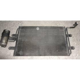 Condenseur de climatisation pour VW Golf 4 / Bora / Audi A3