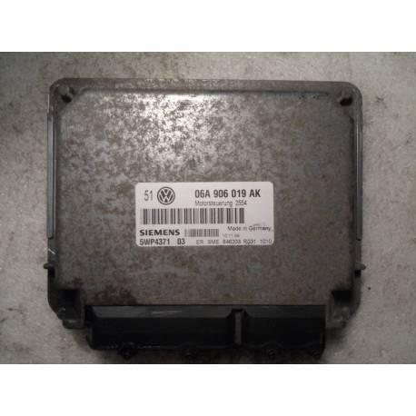 Calculateur moteur pour VW Bora / Golf 4 1L6 essence AEH / AKL ref 06A906019AK / Siemens 5wp4371