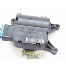 Servomoteur de volet de régulation de température / pour Audi / Seat / VW / Skoda ref 1K0907511C / Ref Bosch 0132801336