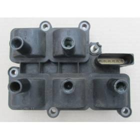 Bosch Ignition Coil Module VW Bora / Golf 4 / Passat / Seat Leon / Toledo 2L3 V5 ref 071905106 Bosch 0986221017