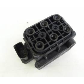 Unités de vannes / Répartiteur d'air pour compresseur d'air pour suspension Audi A6 Allroad ref 4f0616013