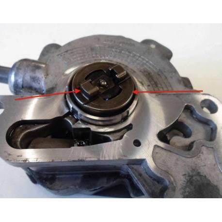 Pompe à carburant et pompe à dépression / pompe tandem ref 038145209H